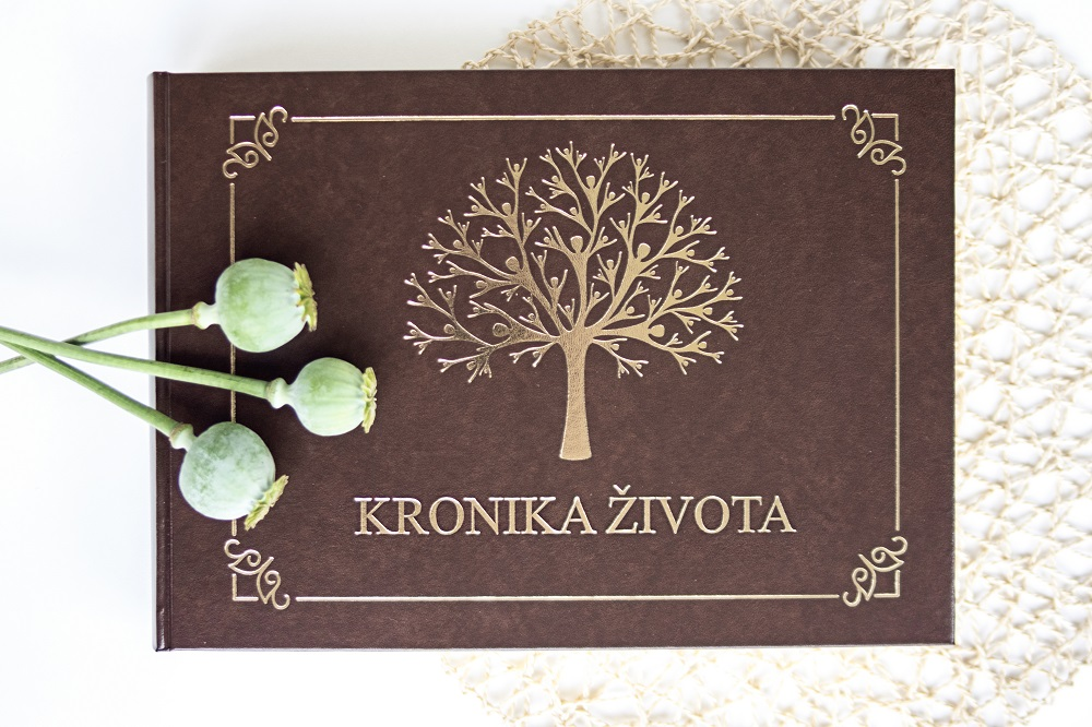 kronika-zivota-rodova-kniha